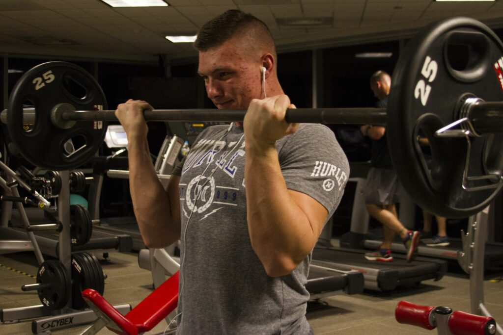 10 exercises for muscles-BICEP CURLS