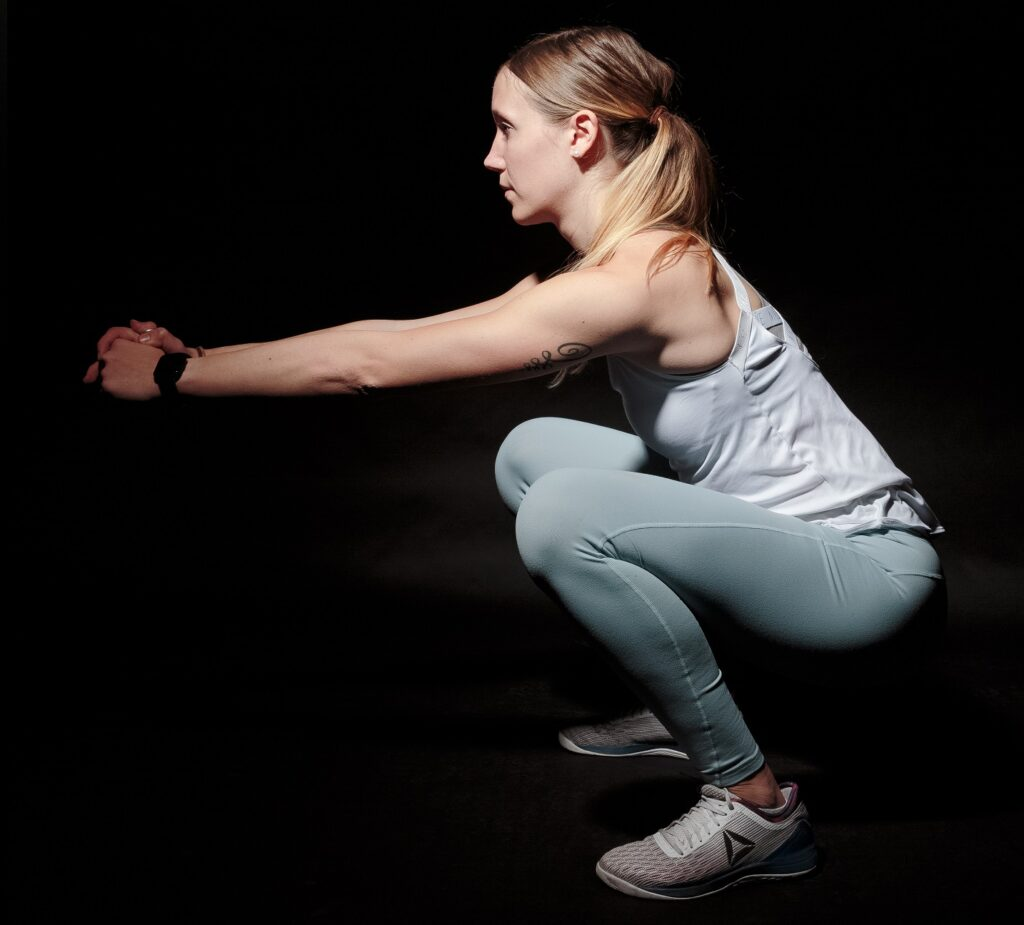 Free squats exercises at home