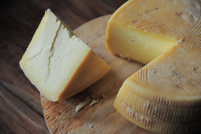 ketogenic food-Cheese