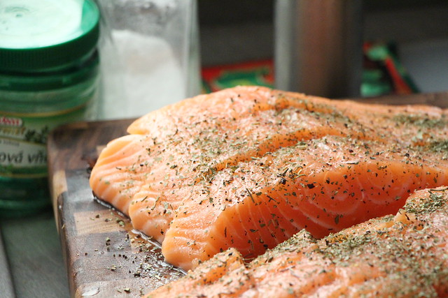 Salmon fatty fish for ketogenic diet